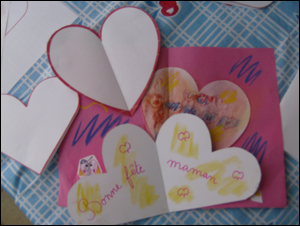 dessin de coeur carte f te des m res p res fabriquer faire carte pour la fete des meres des. Black Bedroom Furniture Sets. Home Design Ideas